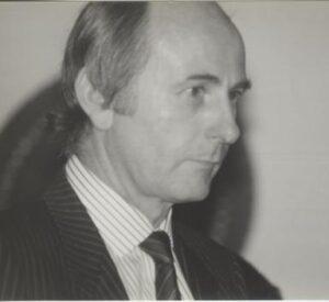 14-peter-walker-xmas-1985